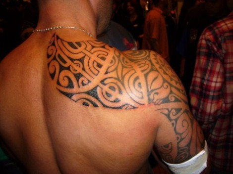 Tribal Back & Shoulder Tattoo Design photo picture idea